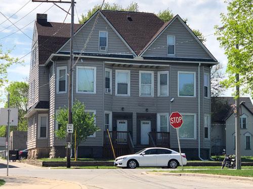 953-955 N 17th St Milwaukee, WI 53233